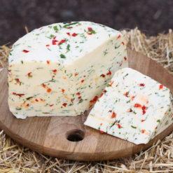 М`який сир з зеленню та болгарським перцем